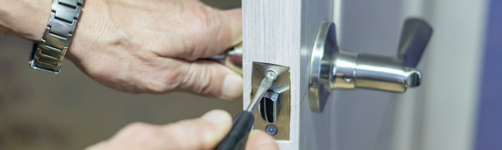 Lock Replacement, Changing and Fitting Full Width Image
